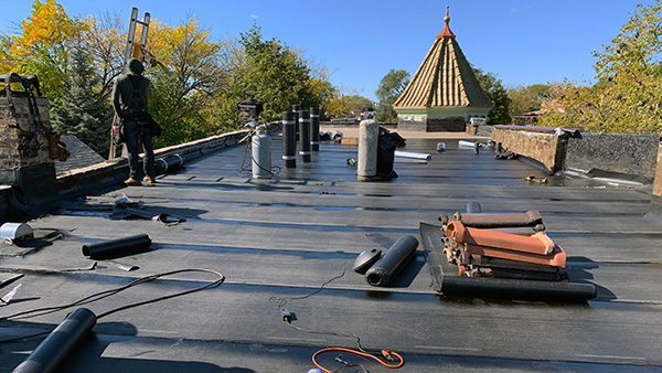 Expert Super Seal Roofing and Tuckpointing Chicago Commercial Roofing