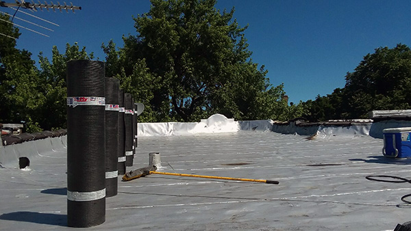 Expert Super Seal Roofing and Tuckpointing Chicago Commercial Roofing Materials