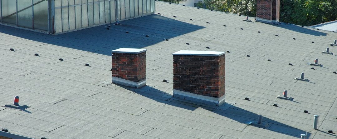 Commercial flat roofing repair in Bucktown, Chicago